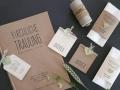 Hochzeitskarte FLORALI Papeterie mit Kirchenheft, Platzkarte und Freudentränen