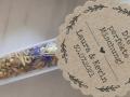 personalisierte Geschenkanänger aus Kraftpapier für Gastgeschenke Blumensamen