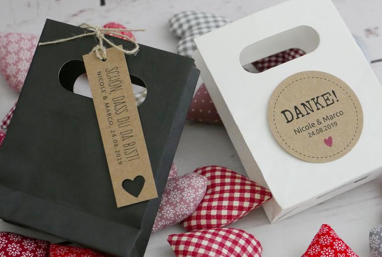 Geschenktüten für Ihre Gastgeschenke in black & white