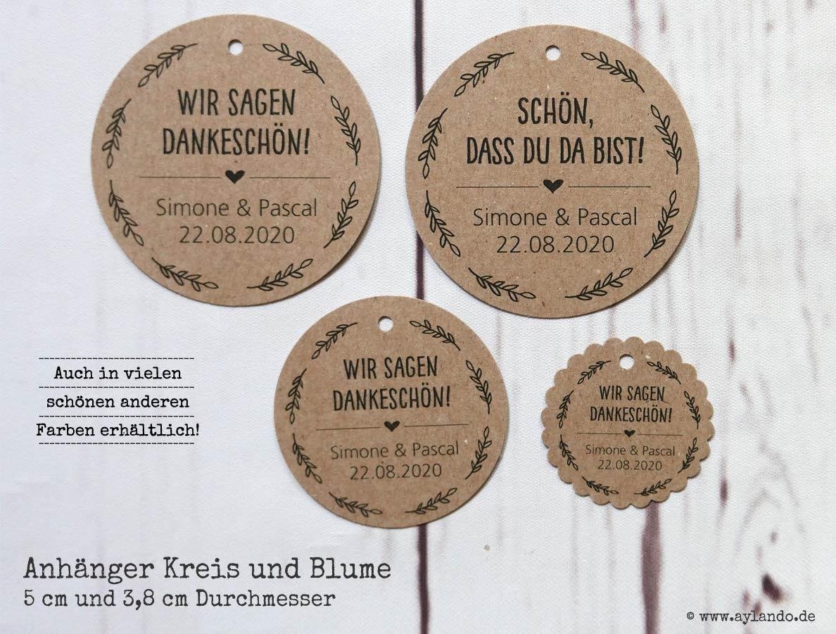 personalisierte Geschenkanhänger mit Namen (hier Form Kreis und Blume)