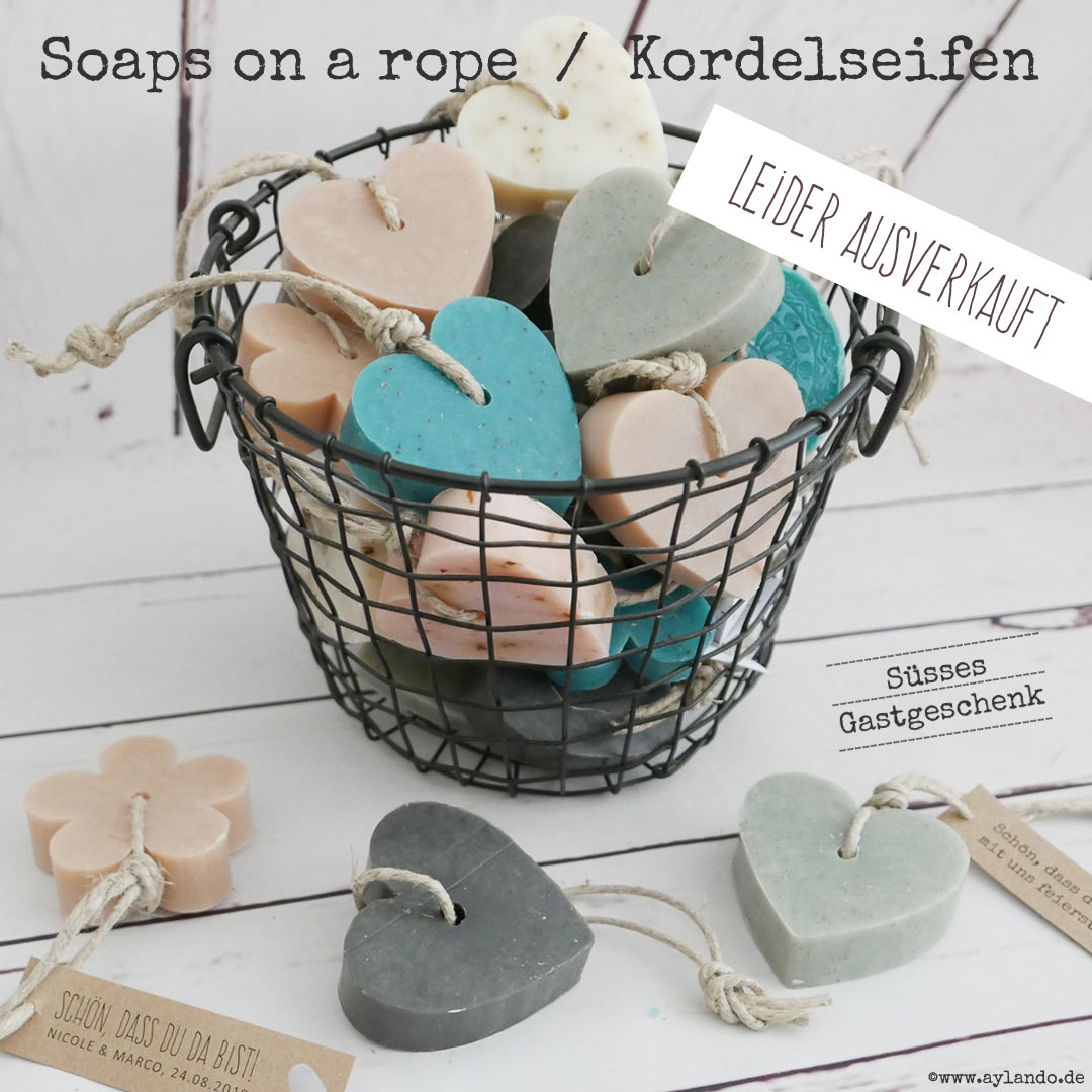 Gastgeschenk Kordelseife / soap on a rope